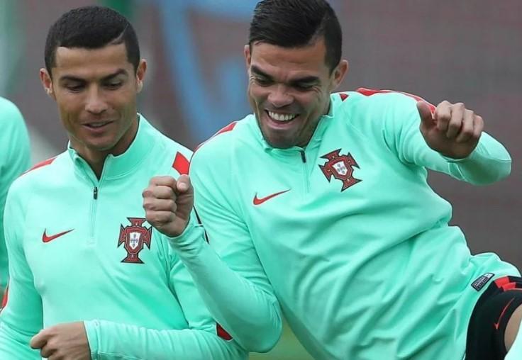 Ronaldo villasını komanda yoldaşına 1,2 milyon ucuz satdı