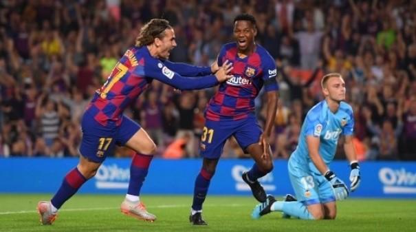 """""""Real"""" və """"Barselona""""dan qələbə, """"Atletiko""""dan ilk məğlubiyyət - İcmal"""